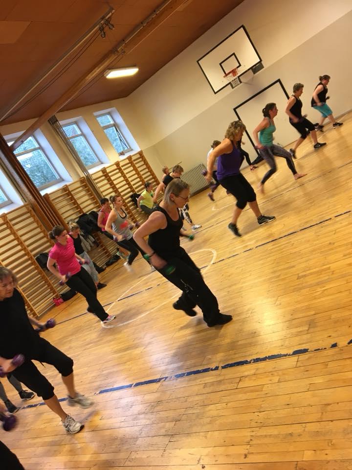 Zumba fitnes med helle Low i Holbæk